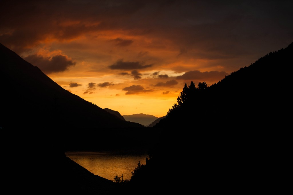 Sonnenaufgang am Schlegeisstausee